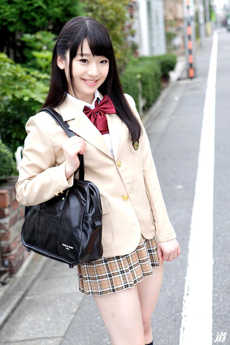yuuna himekawa sexy schoolgirl pics 02