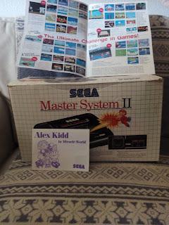Máquina original Master System II con Alex Kidd incluido