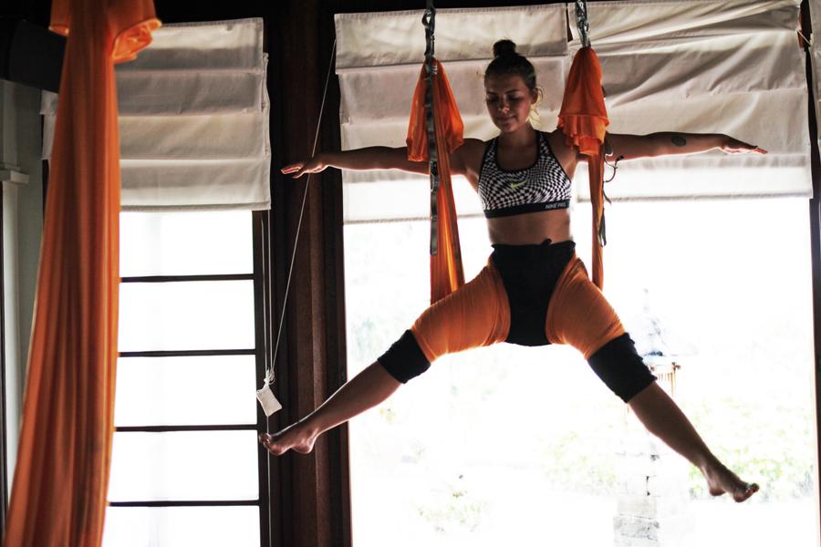 yoga anti gravity waering nike work out