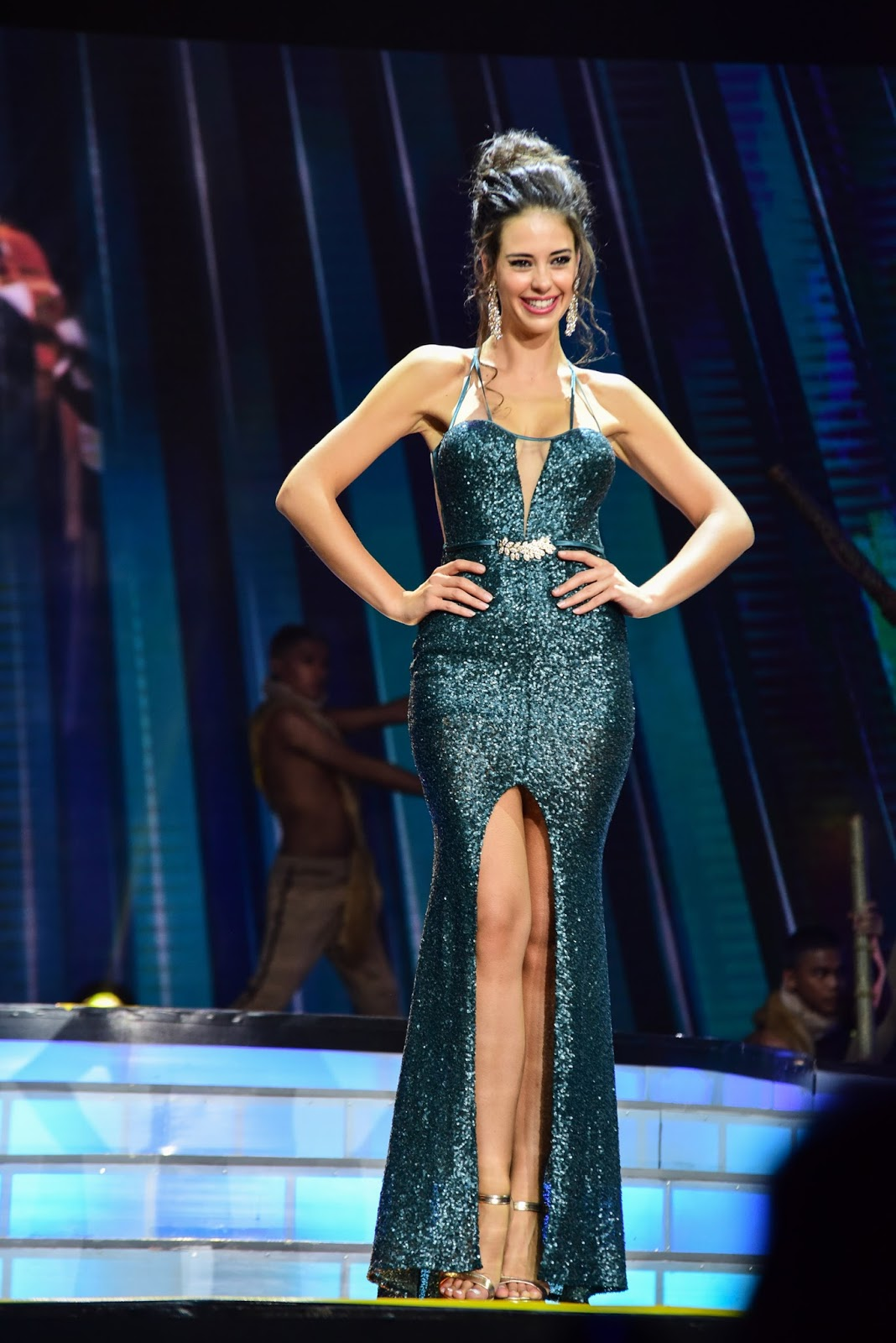 SASHES AND TIARAS.....Miss Earth 2016 Finals: EVENING GOWNS RECAP ...