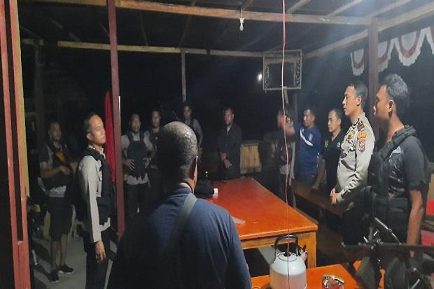 Tni polri bentrok di papua