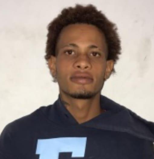 Buscado por homicidio no aguanto la presión policial de Barahona  y se entrega