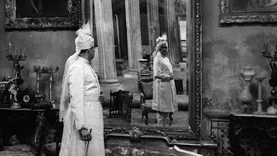 Huzur's reflection in the mirror, music room scene, Jalsaghar aka The Music Room (1958), Directed by Satyajit Ray