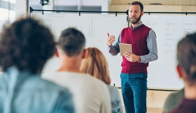 how to start teaching career in uk become new teacher united kingdom