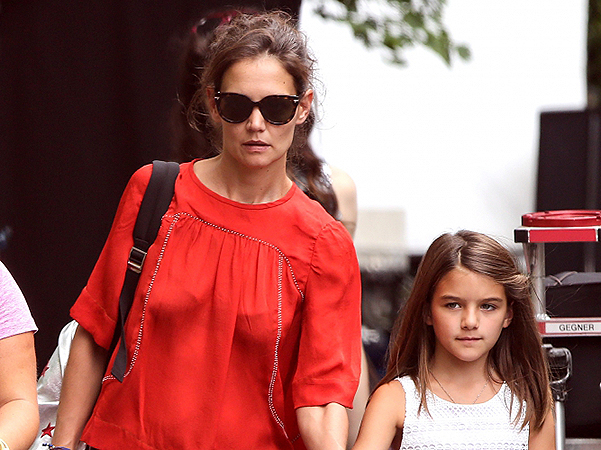 Suri Cruise visited Katie Holmes during the filming of her directorial debut
