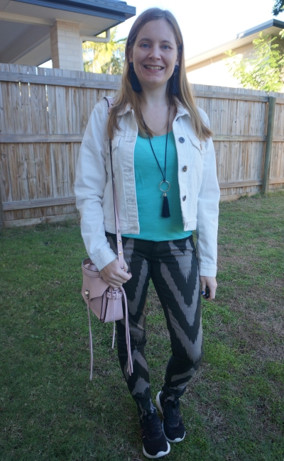 double denim outfit with Sass Bide chevron print playman skinny jeans white jacket and turquoise tank | awayfromblue