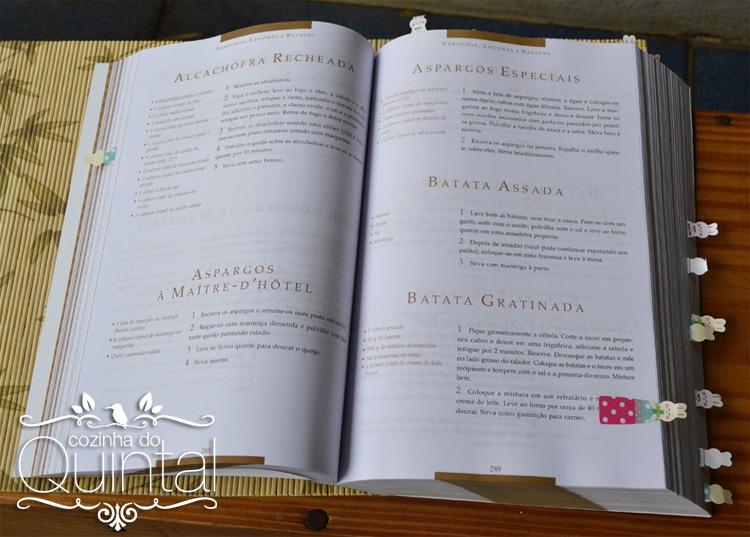 Sticks de coelhos marcando as receitas do livro Dona Benta
