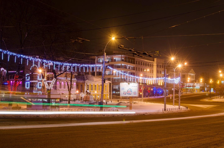 Площадь Революции. Январь