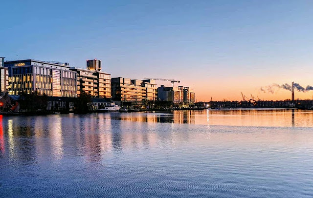 Best Dublin Walks: Grand Canal Dock at Sunrise