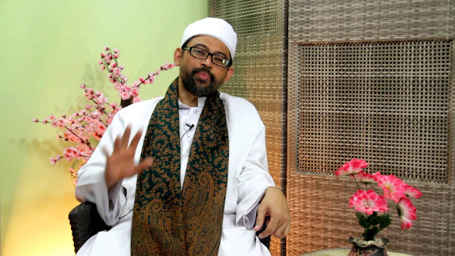 KH Luthfi Basori: Ketum MUI Jadi Cawapres, Agama Jadi Komoditas Politik