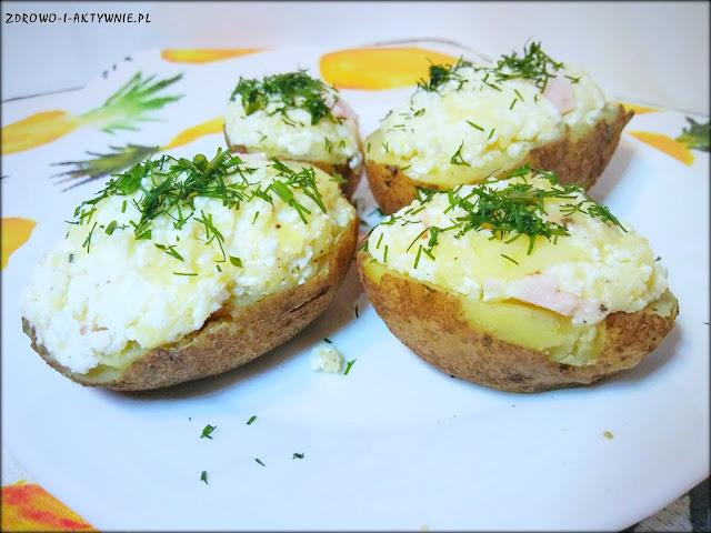Faszerowane gotowane ziemniaki
