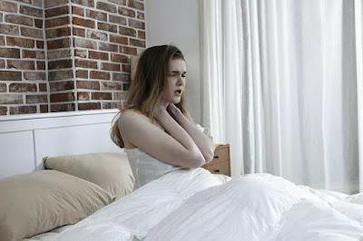 طريقة النوم الصحيحة لآلام الظهر