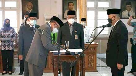 Bupati Purworejo Rotasi 10 Pejabat Pimpinan Tinggi Pratama