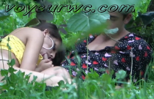 City Park Lovers - Public Voyeur Sex. Spy cam couple fuck in the bushes. (Sex Day 32)