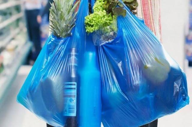 Aturan Ini Mulai Hari Ini, Bila Kedapatan Pakai Kantong Plastik Bisa Didenda Sampai Rp. 25 Juta