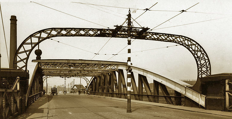 bridge trafford Swinging