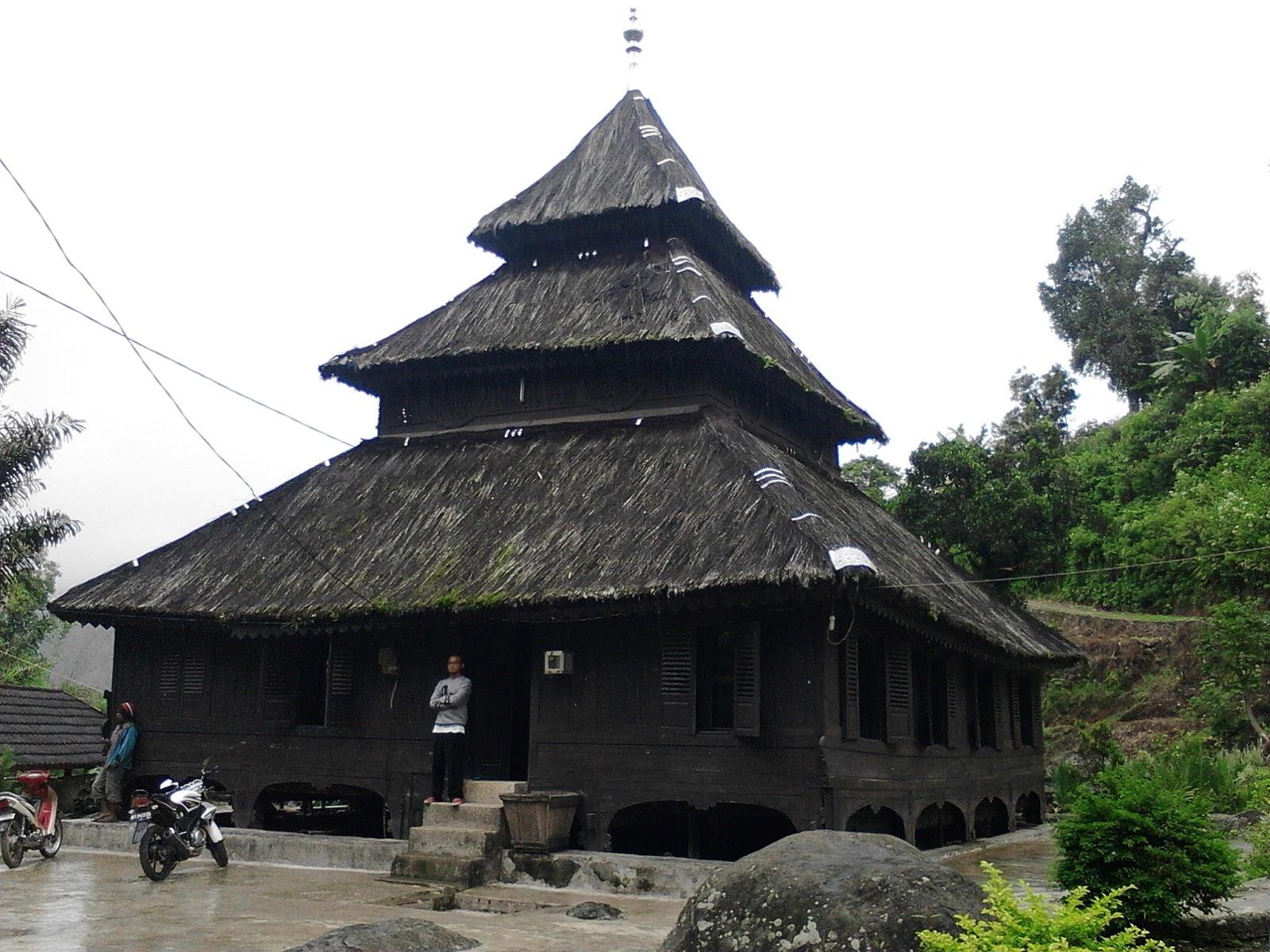 Salah Satu Masjid Tertua Di Indonesia Ada Di Sumatra Barat Raja Piknik
