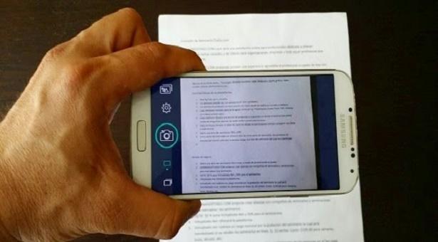 نسخ نص من صفحات كتاب و تحويله إلى نص رقمي على هاتفك