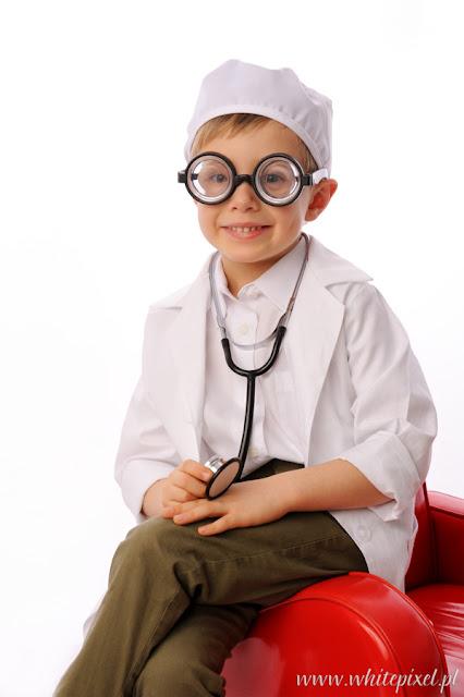 Studio reklamowej fotografii dziecięcej w Lublinie sesja biznesowa lekarza