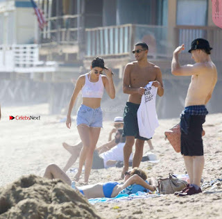 Kendall-Jenner-and-Blake-Griffin-Seen-at-beach-in-Malibu-09+%7E+SexyCelebs.in+Exclusive.jpg