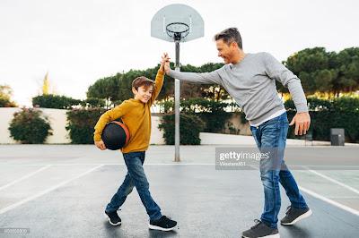 Συμφωνητικό ευτυχίας και επιτυχίας μεταξύ κηδεμόνα και νεαρού αθλητή/αθλήτριας