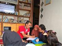 Cerita Syarifuddin, Dosen Unindra  yang Semangat Mengentaskan Buta Huruf di Bogor