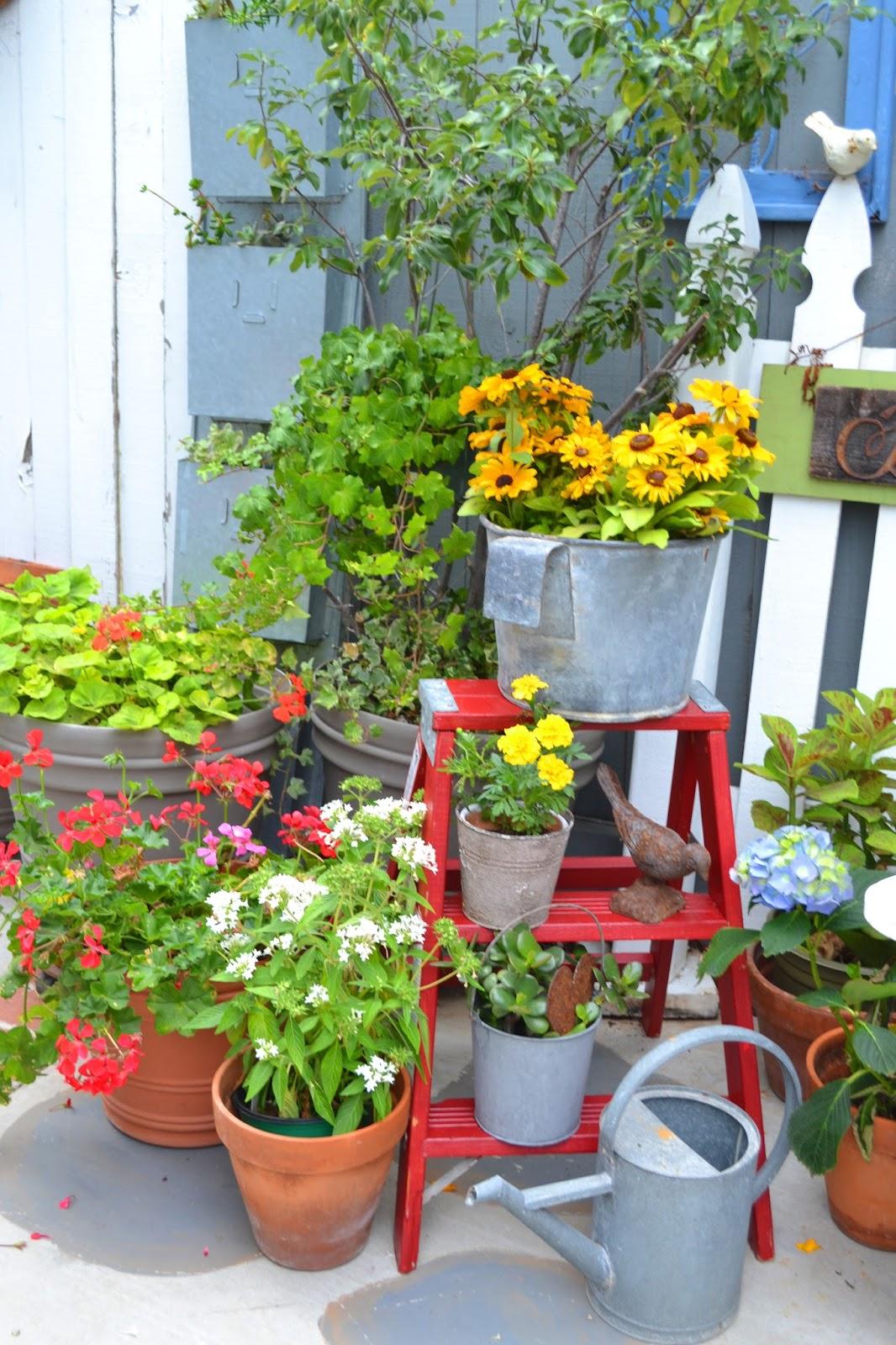 My Painted Garden Flea Market Garden Finds
