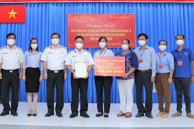 Tổng Công ty Tân cảng Sài Gòn trao tặng kinh phí phòng, chống dịch Covid-19 cho các địa phương, đơn vị