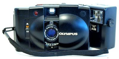 Olympus XA2, A11 Flash, Front