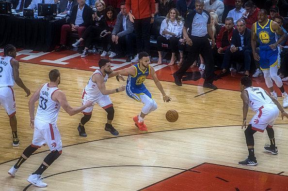 N.B.A. Finals: Warriors Tie Series with Raptors