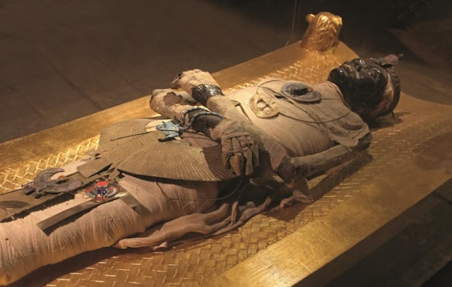 Unusual Artifact Discovered Inside a  2,000-year-old Egyptian Mummy