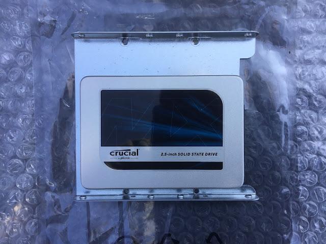 SSDは高速で安定感のあるクルーシャルMX500