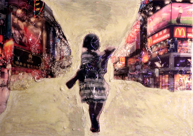 Kris Kind 2012, Kindersoldat inside Shoppingstreet, 70 x 50cm