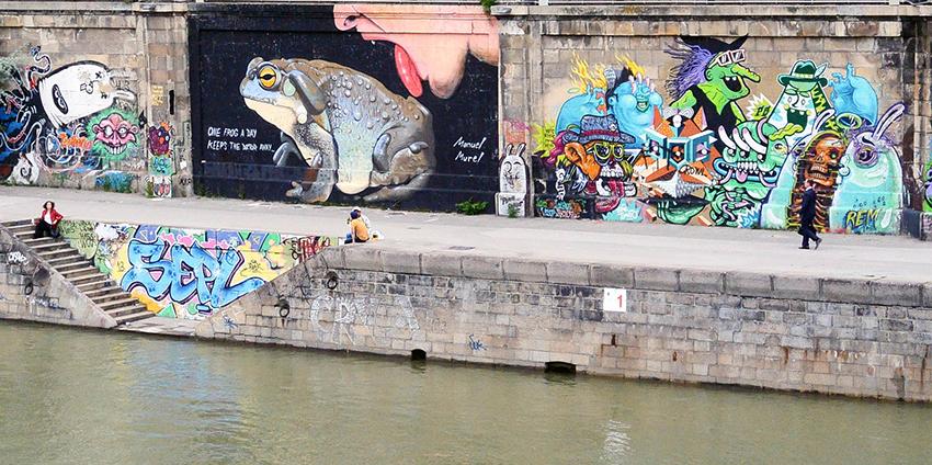 Donaukanal mit Graffiti