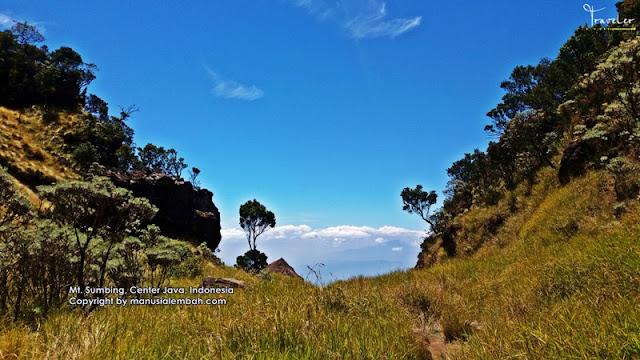 Pendakian Gunung Sumbing via Banaran