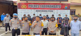 Satreskrim Polres Labuhanbatu Amankan 1 Senpi dan 8 Tersangka Pencuri Baterai Tower Antar Provinsi