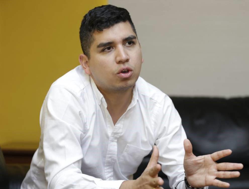 https://www.notasrosas.com/Corona apoya iniciativa 'Madrúguele a Diciembre #RegalosParaMiCasa'