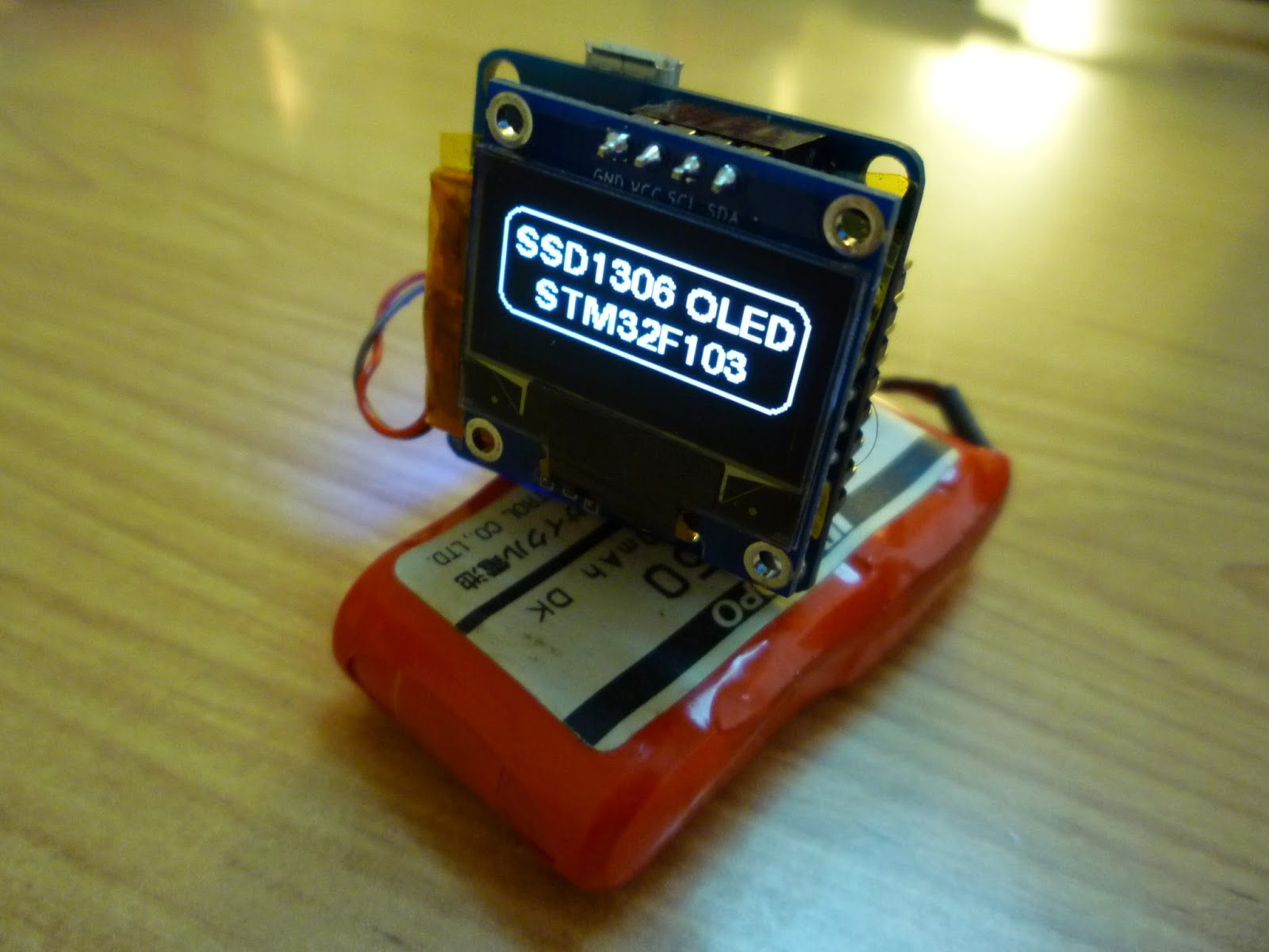 Aviator Ahmet: Connect an SSD1306 OLED display to your