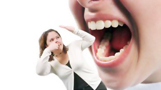 cara alami alami Atasi Bau Mulut