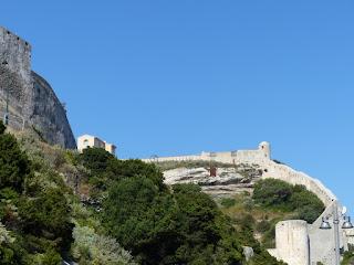 La citadelle de Bonifacio et les remparts