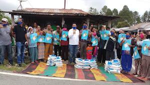 Video: Rakyat Tiga Desa Manortor Sambut Vandiko Gultom di Samosir