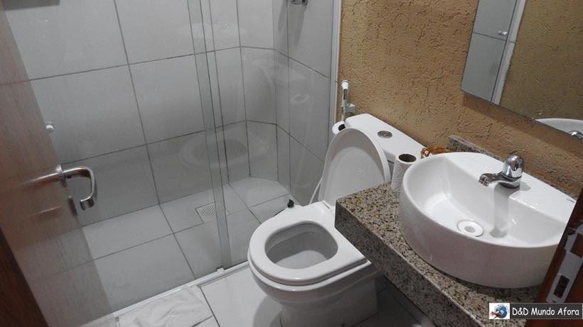 Onde ficar em Fortaleza - banheiro do hotel Aquarius