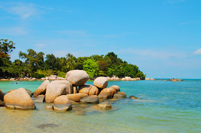 Trikora Beach is located in Riau Islands province. Precisely located in Malang Rapat Village, Gunung Kijang District, Bintan Regency, Riau Islands Province, Sumatera. This beach is 45 km to the east of the provincial capital of Riau Islands, Tanjungpinang.