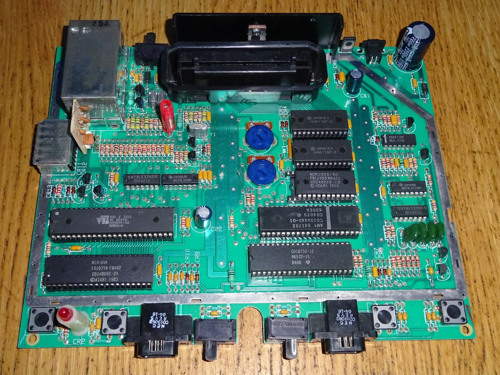 Tynemouth Software: Atari 7800 AV out Composite Video Conversion