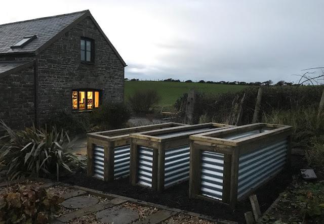 Corrugated garden planters