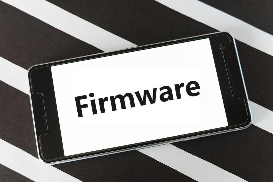 Qué es el firmware de un celular y cuál es su función