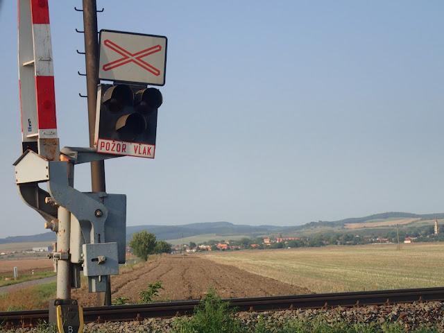 Południe Słowacji, pogranicze z Węgrami. Przed nami przedgórze Karpat