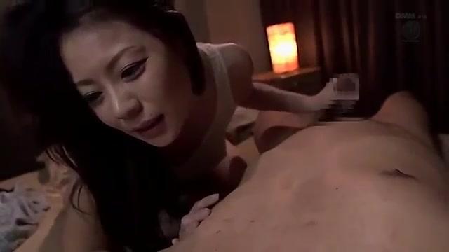 JUX-399 Ảnh sex địt vợ dâm của ông hàng xóm bất lực