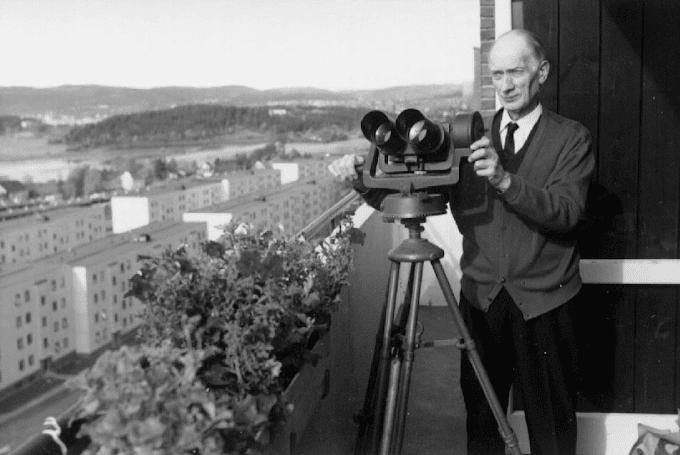 Olaf Hassel, astrónomo sordo de Noruega