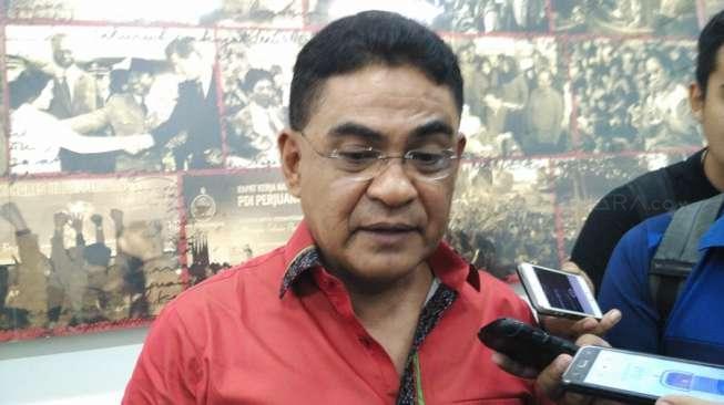 Andreas PDIP Desak Jokowi Terbitkan Keppres Angkat Guru Honorer Jadi PNS
